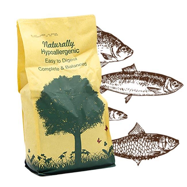 Cibo per cani Linea Naturally con pesce bianco dell'atlantico e ricco di riso